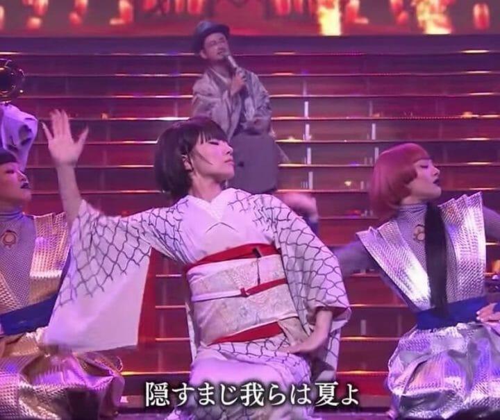 椎名林檎とAyaBambiのダンス