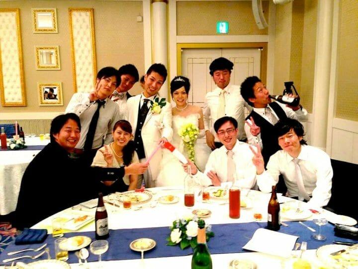 結婚式の余興に困ったら参考になるかも。踊る結婚式!サプライズ余興で新郎新婦感動の涙!本番&メイキング